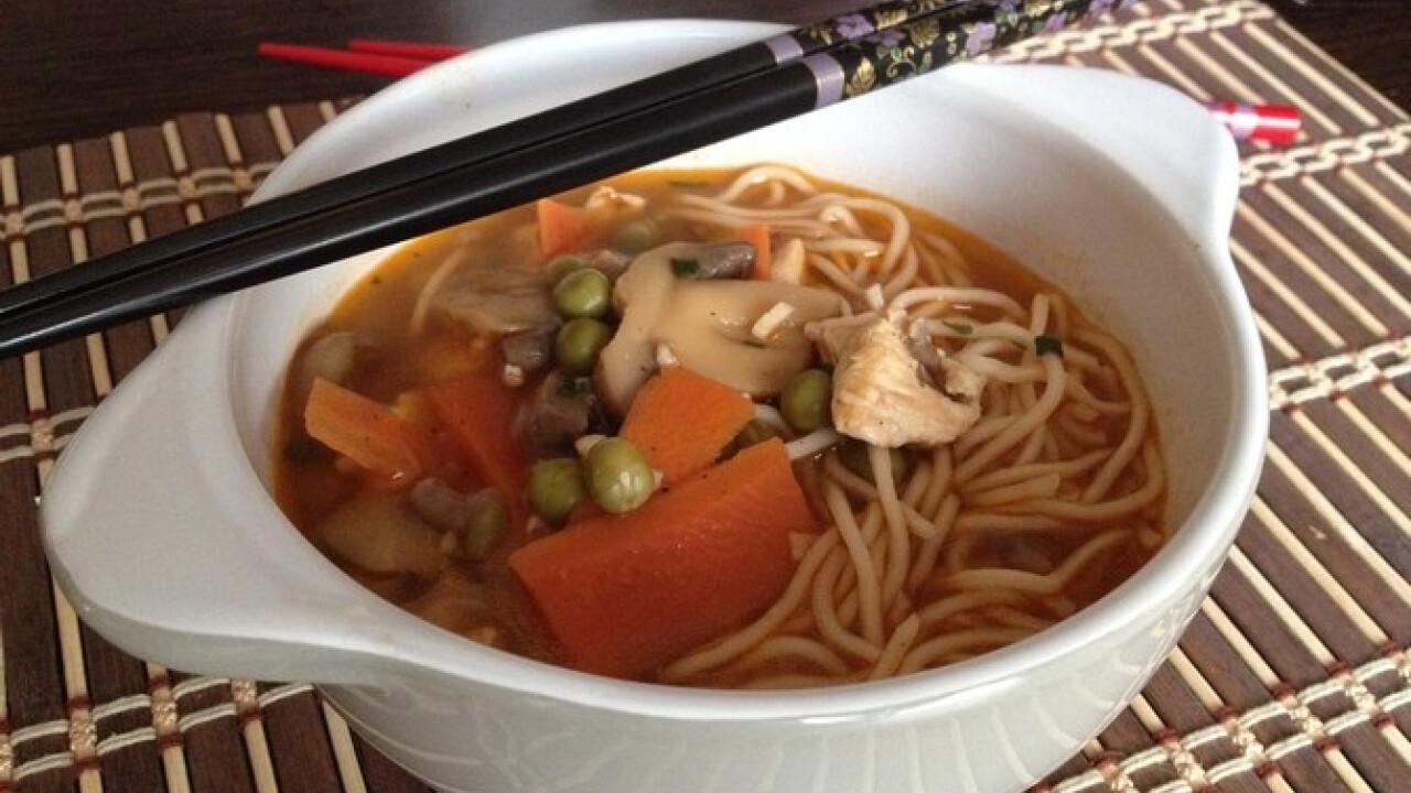 Gyors kínai leves Laura konyhájából