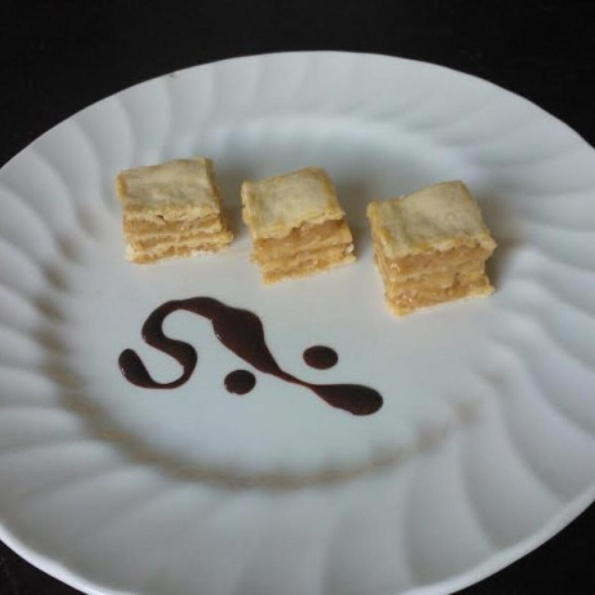 Ezen a képen: Kávés-karamellás szeletek