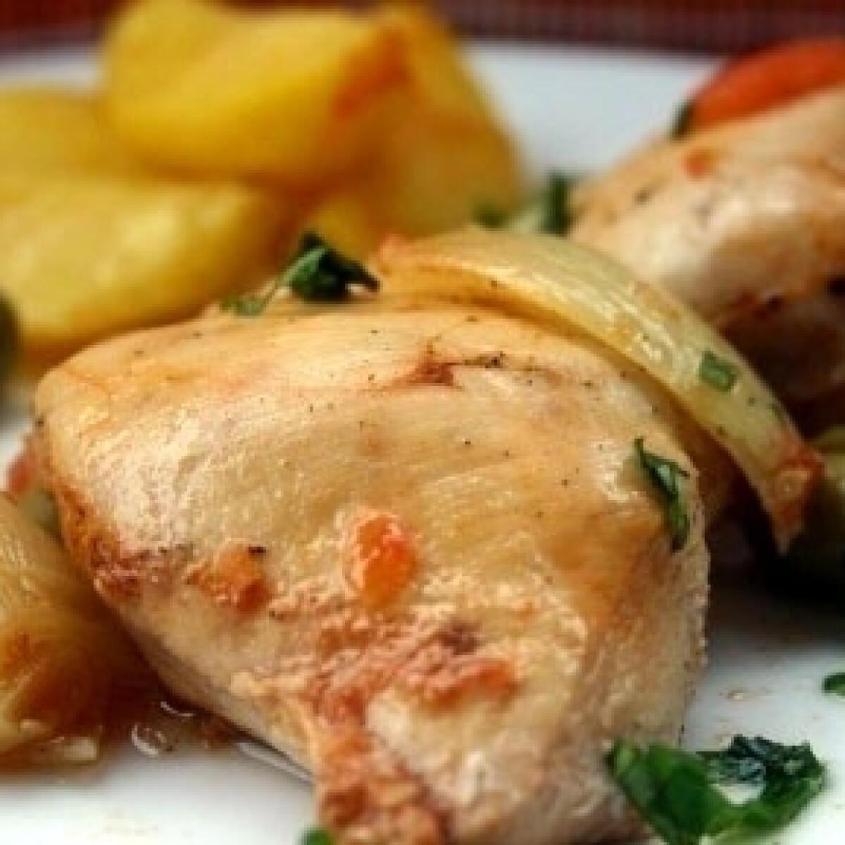 Tepsiben sült mediterrán csirke