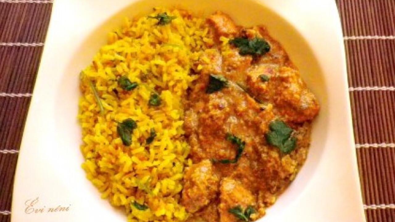 Csirke kesudiómártásban - Nawabi murgh