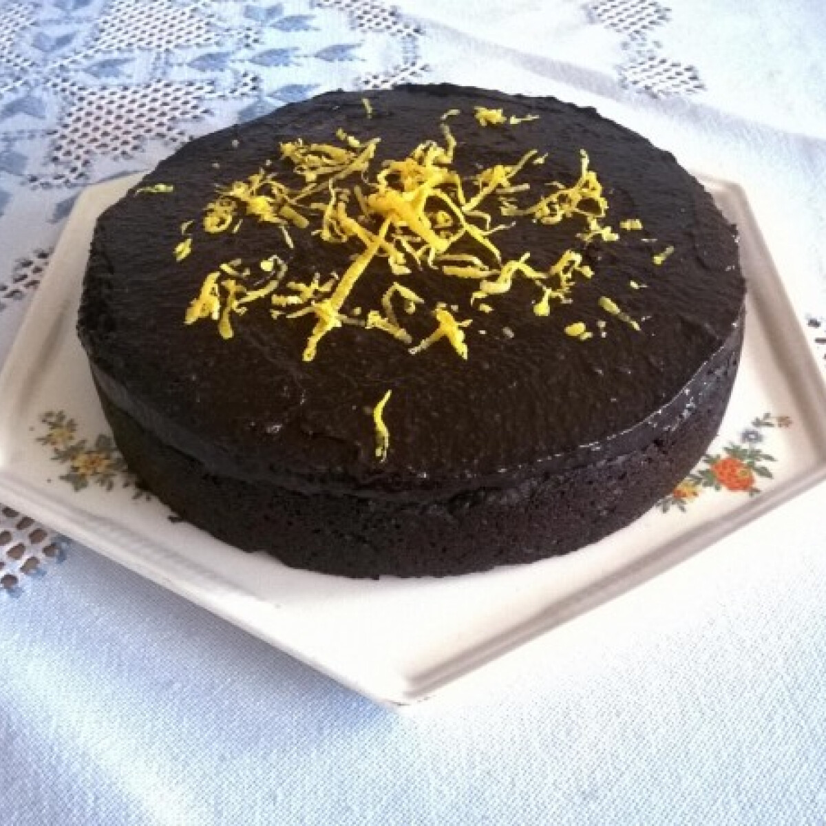 Ezen a képen: Karob torta