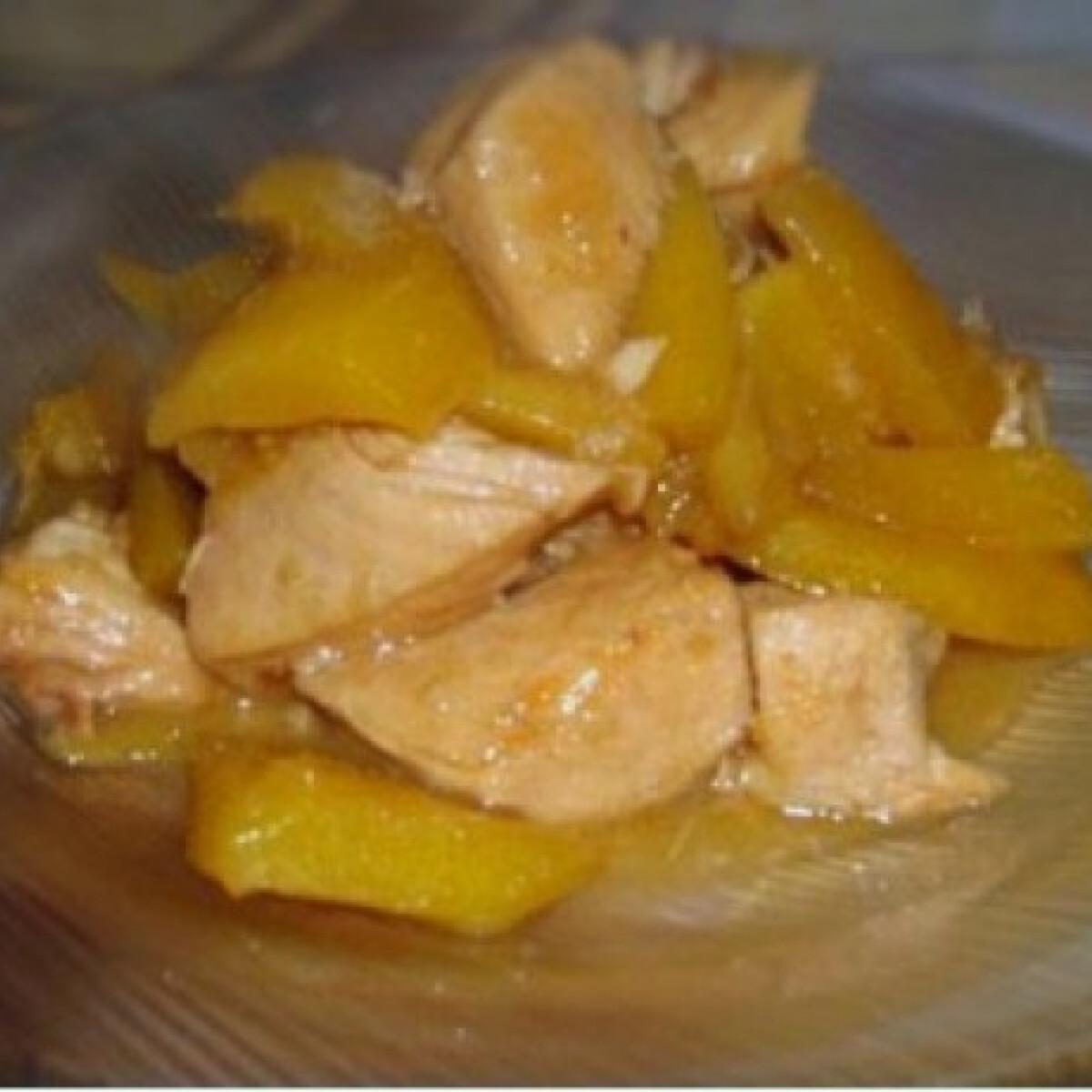 Ezen a képen: Mangós csirke a Bahamákról