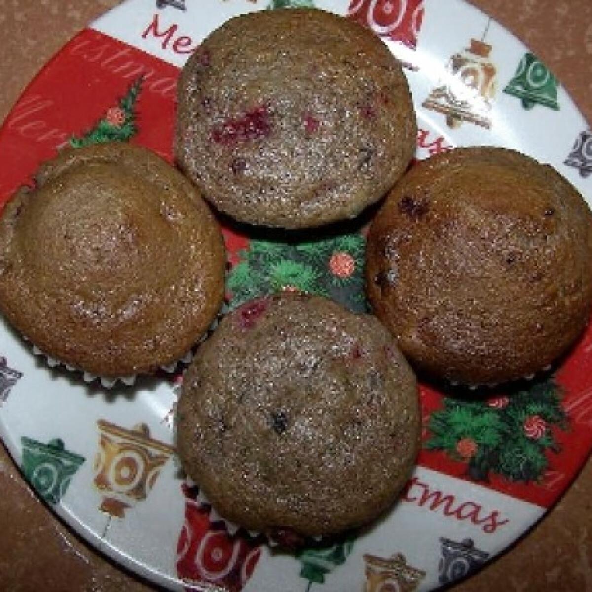 Ezen a képen: Gyümölcsös muffin fogyókúrásan