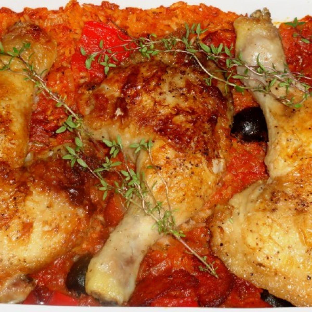 Ezen a képen: Baszk paprikás csirke