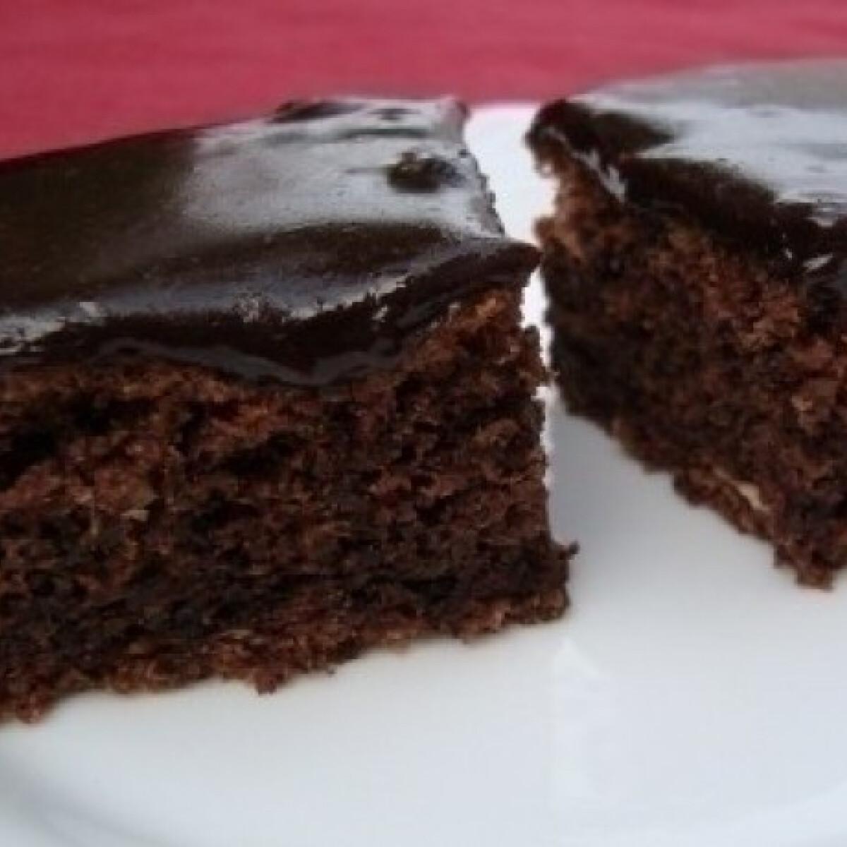 Ezen a képen: Csokis-diós kocka