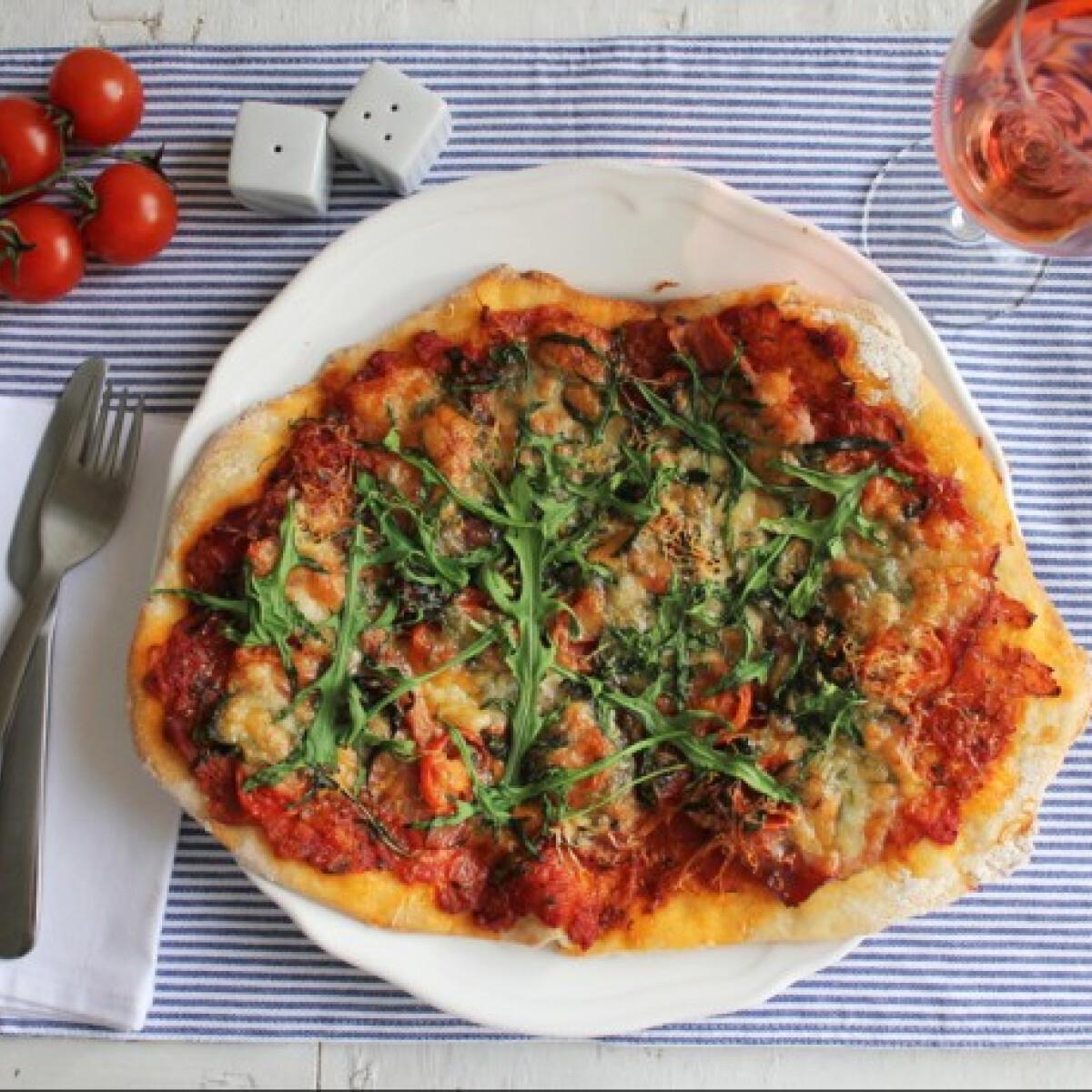 Ezen a képen: Jamie Oliver pizzája