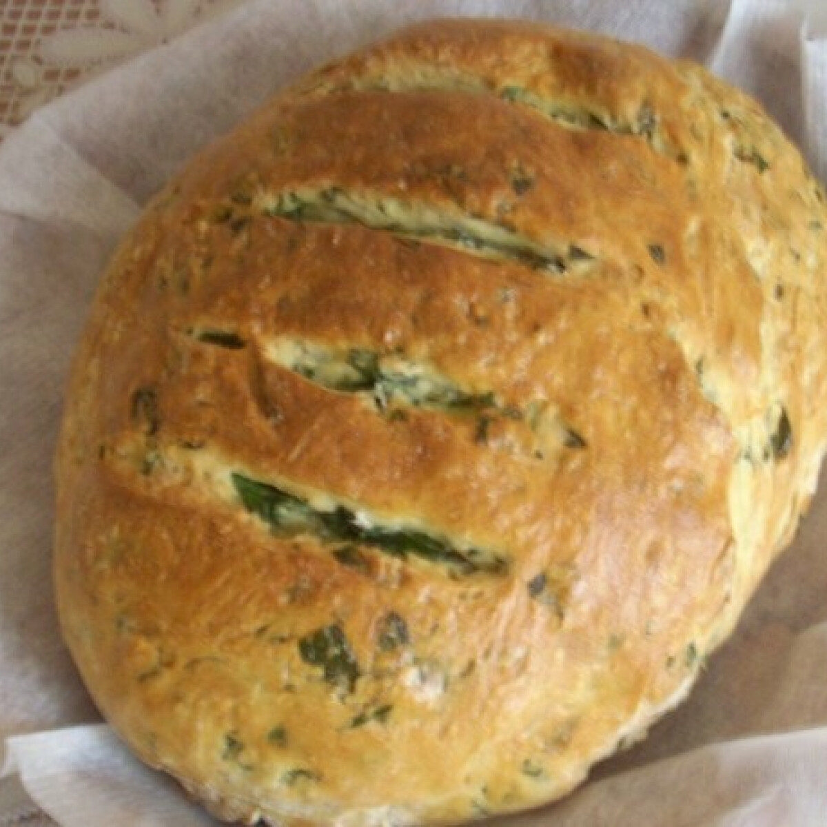 Ezen a képen: Medvehagymás kenyér Borka konyhájából