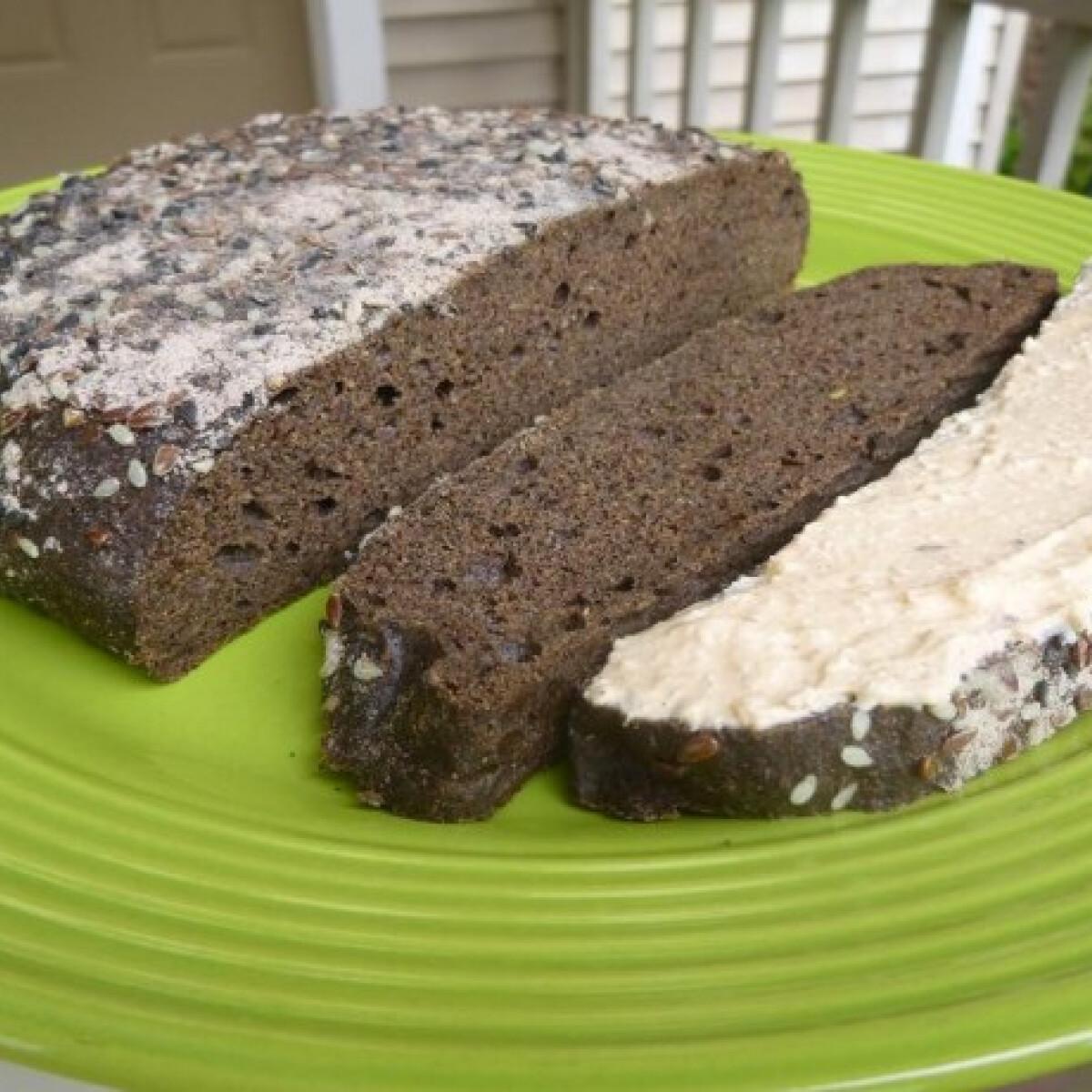 """Ezen a képen: Hajdinás """"bakfitty"""" kenyér"""