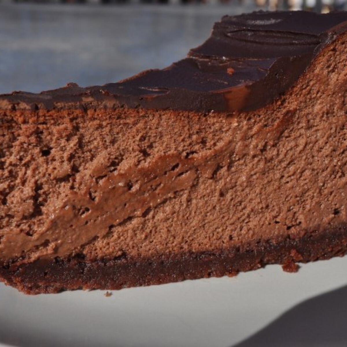 Ezen a képen: Csokoládés sajttorta Aurore konyhájából