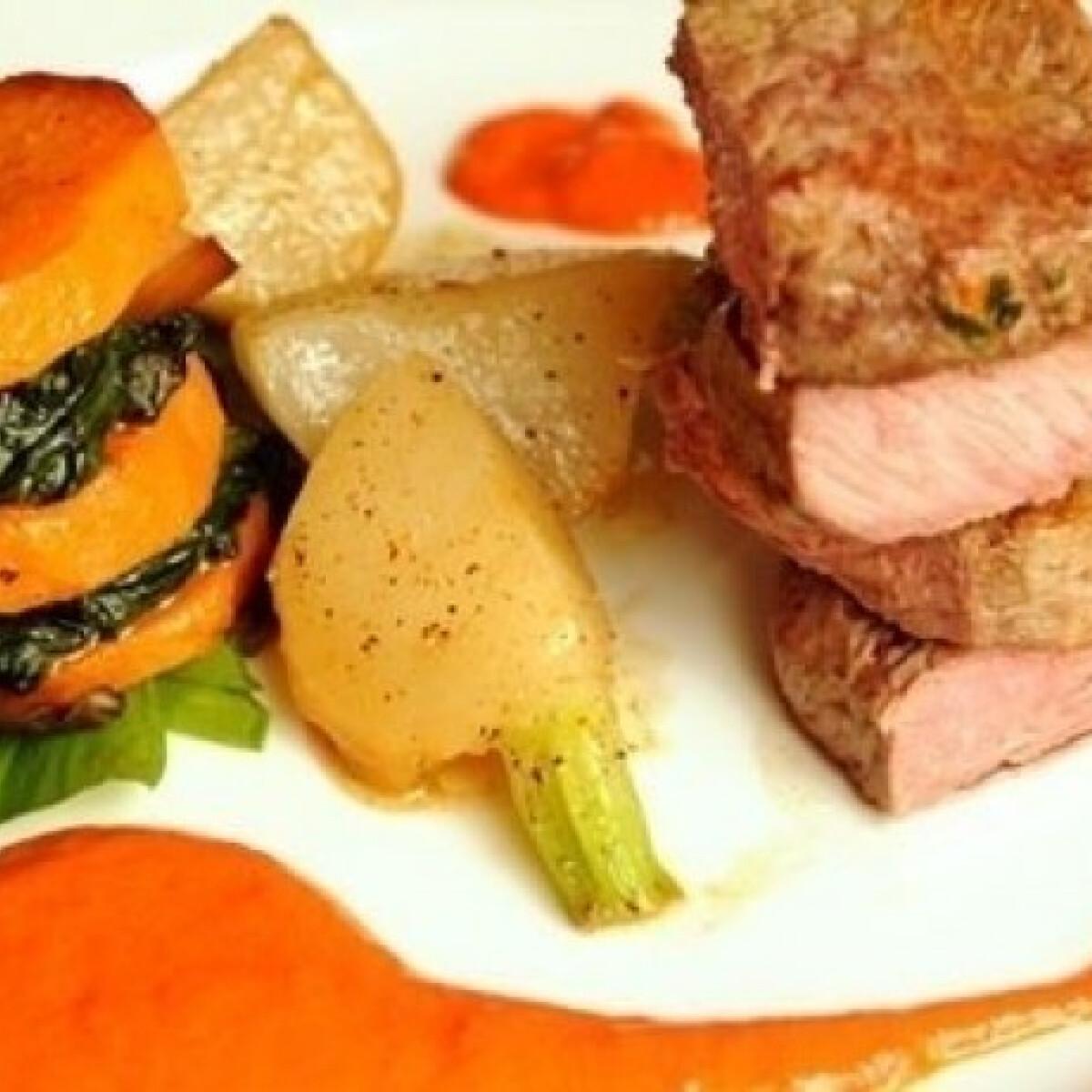 Ezen a képen: Borjúkaraj zöldségekkel füstös paprika mártással