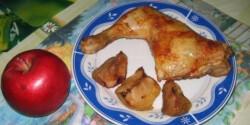 Sült csirkecomb almával