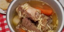 Marhahúsleves velős csonttal egyszerűen