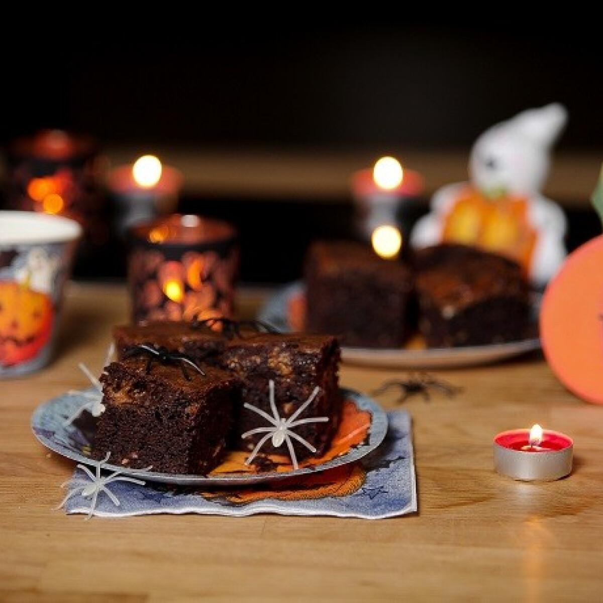 Ezen a képen: Sütőtökös-mogyorós brownie