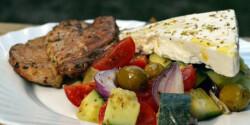 Görög saláta citromos-oregánós csirkemellel