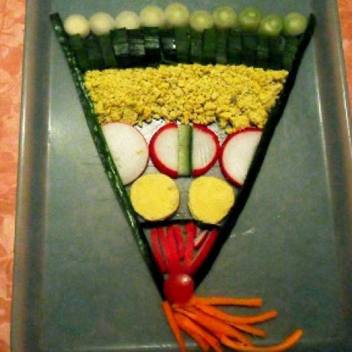 Ezen a képen: Zöldségekből legyező