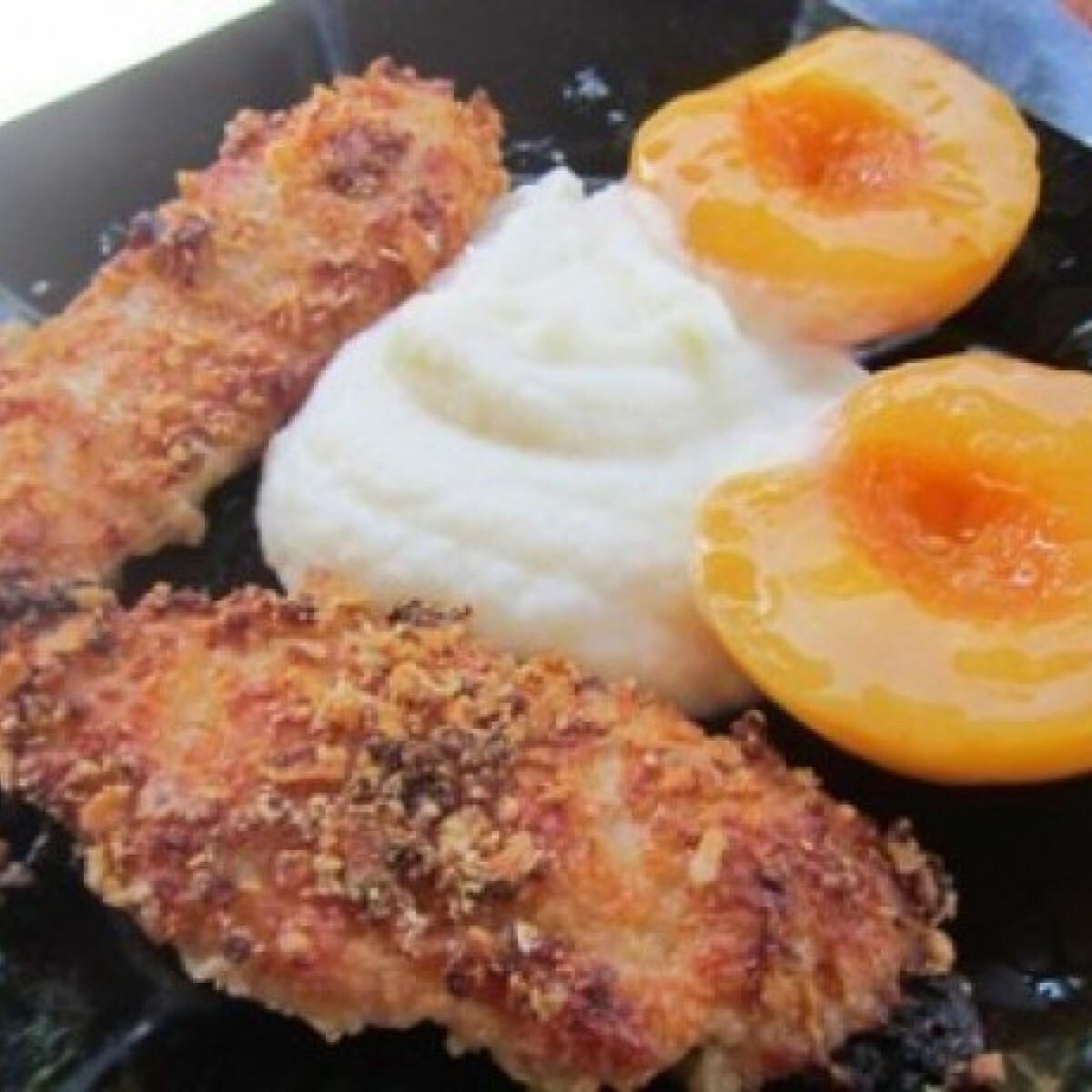 Ezen a képen: Gyümölcsjoghurtban pácolt bundás csirkemell