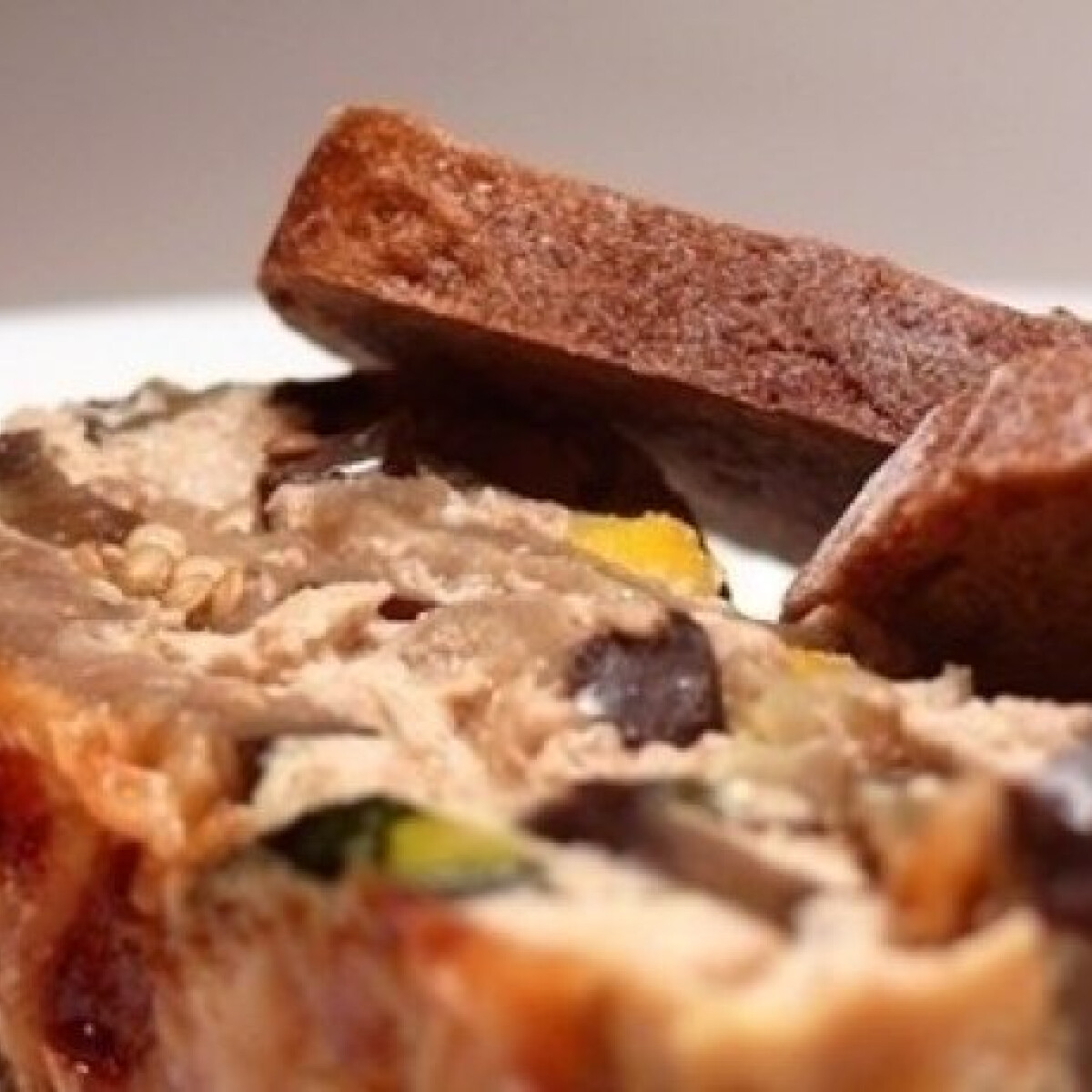 Ezen a képen: Padlizsános, cukkinis tortino