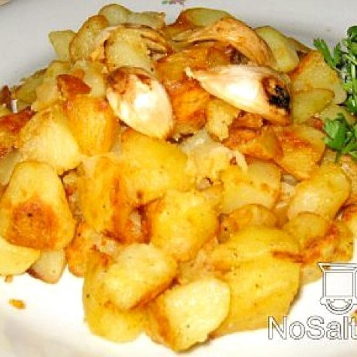 Ezen a képen: Fokhagymás-libazsíros krumpli