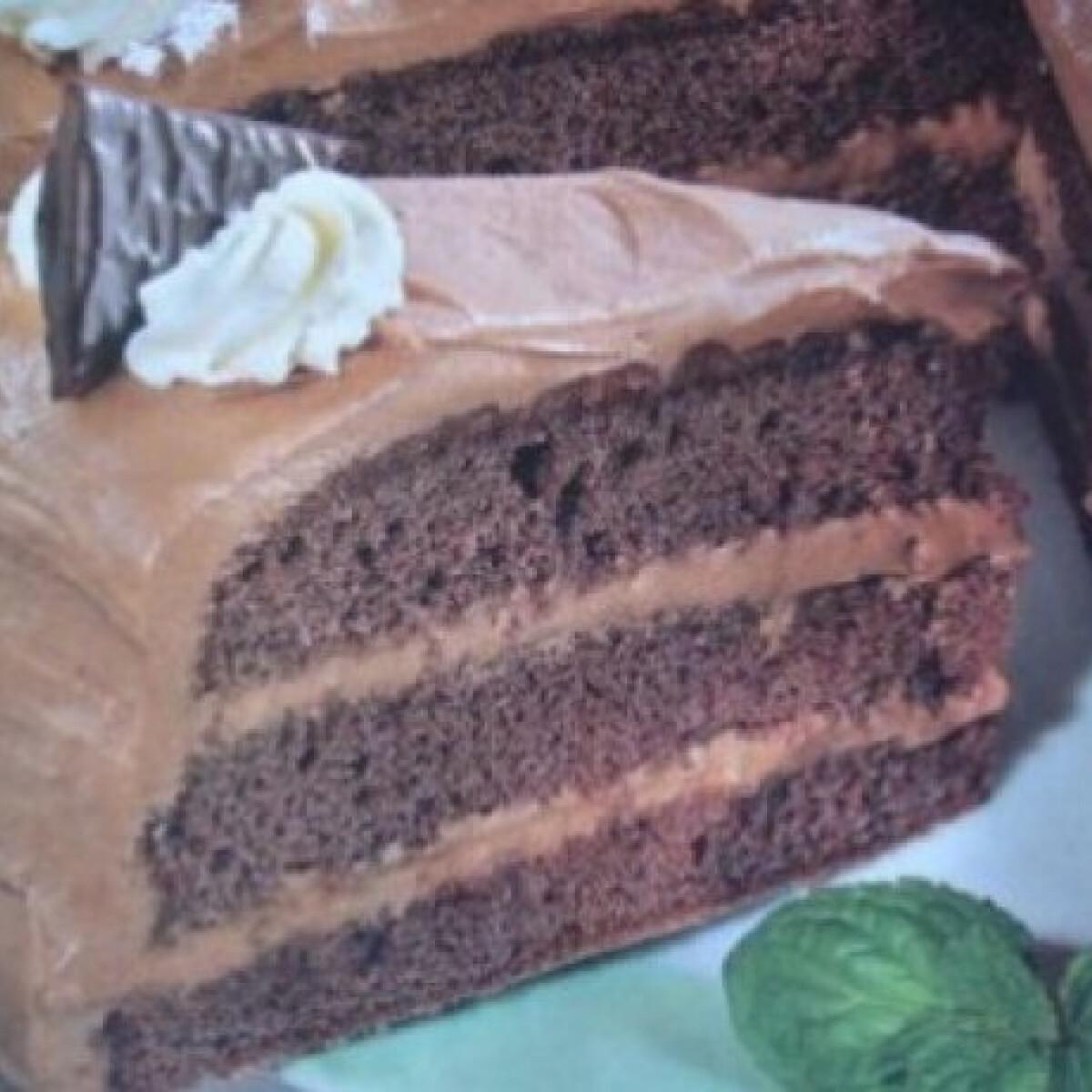 Ezen a képen: Mentolkrémes torta