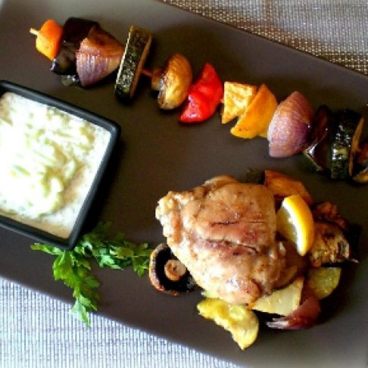 Ezen a képen: Citromos csirke mustáros zöldségnyárssal