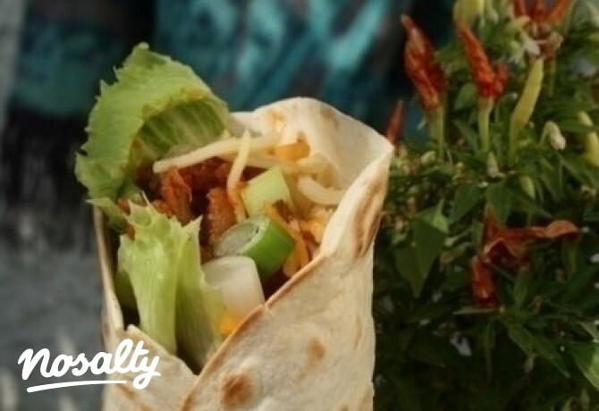 Ezen a képen: Kacsa Tacos