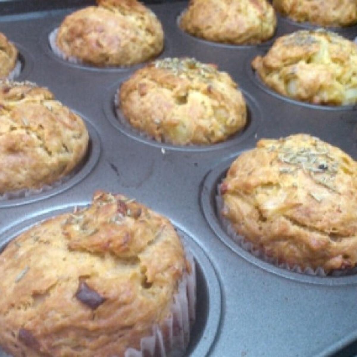 Ezen a képen: Hagymás muffin