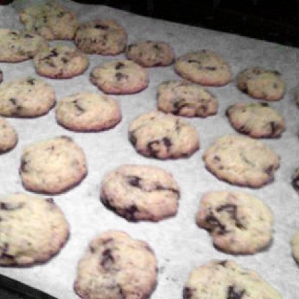 Ezen a képen: Csokis keksz Zita konyhájából