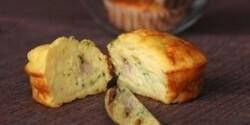 Cukkinis-húsos muffin