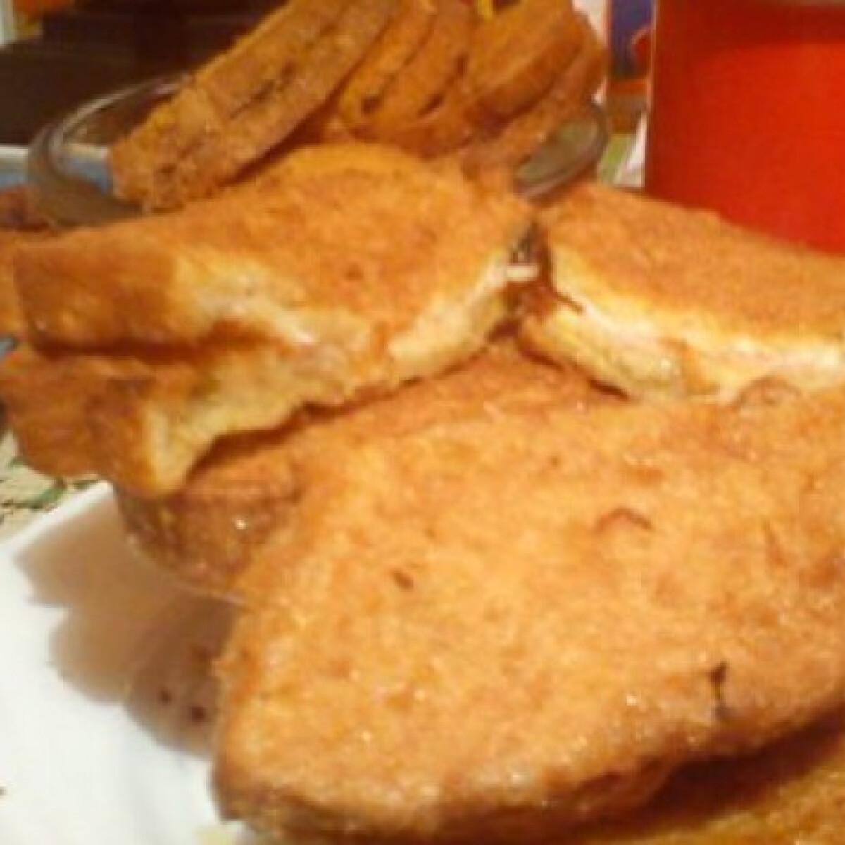Ezen a képen: Töltött bundás kenyér Etuuu konyhájából