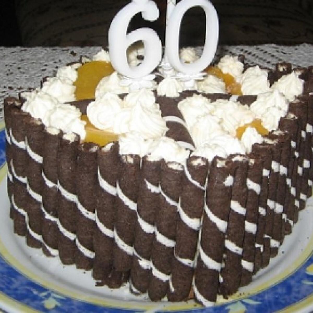Ezen a képen: Mascarponés-tejszínes torta