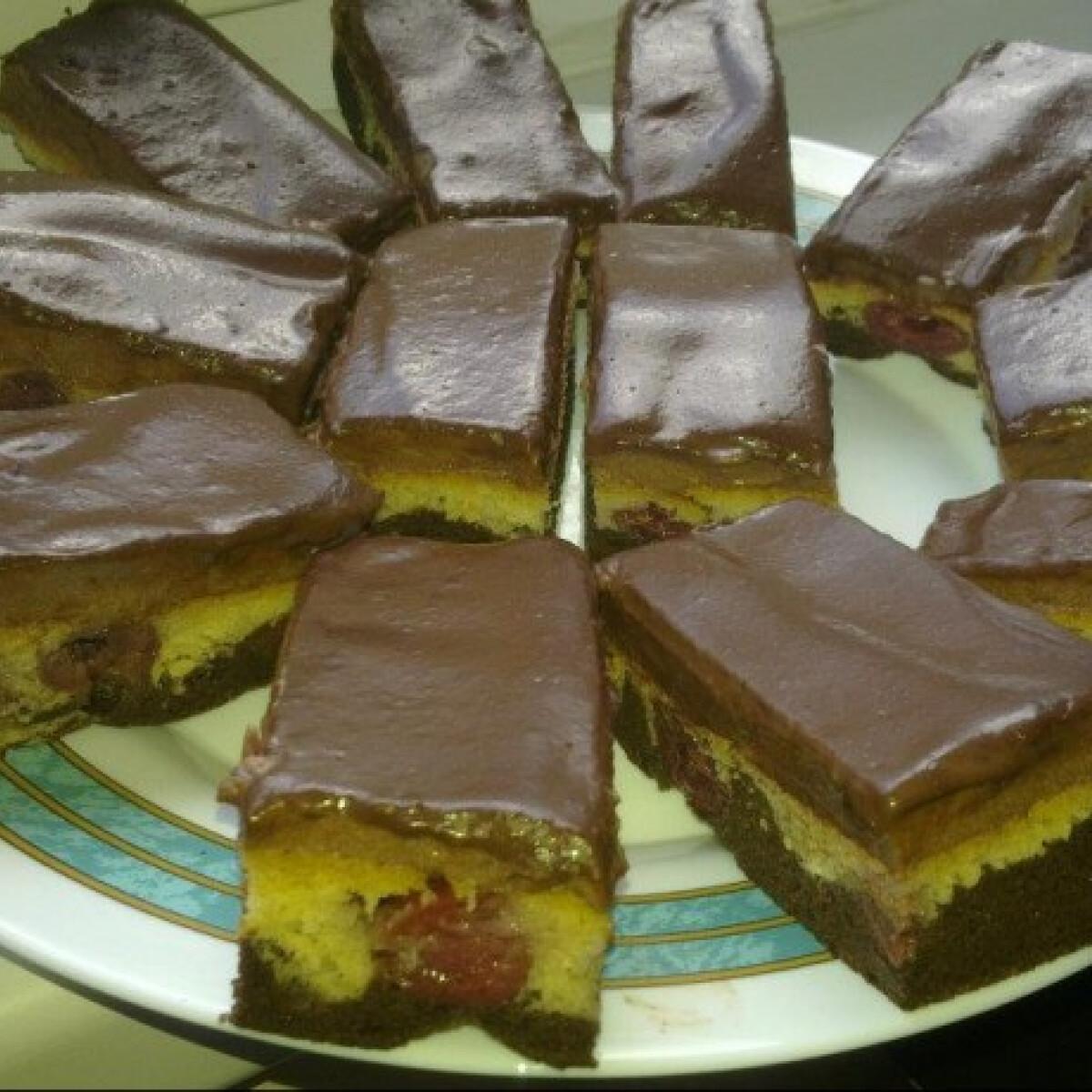 Ezen a képen: Csokis dunahullám