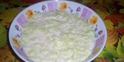 Tejfölös ubisali (Tejfölös uborkasaláta 2.)