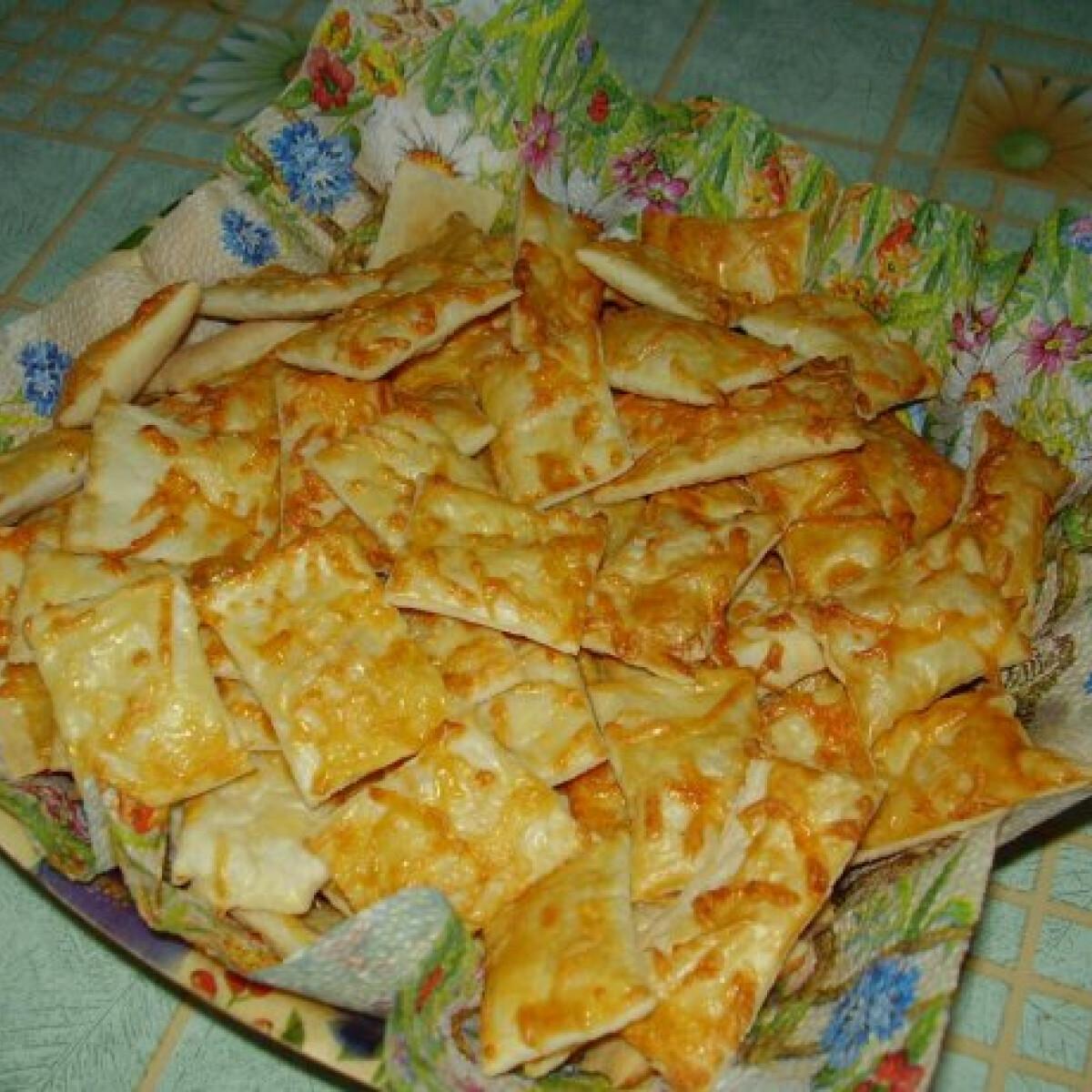 Sajtos rúd leveles tésztából