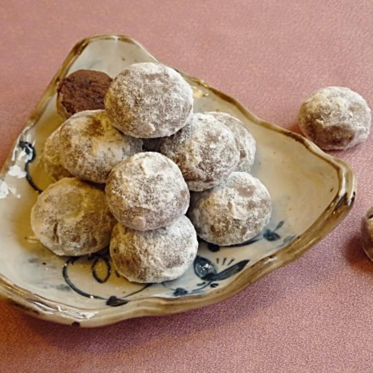 Csokis hógolyó