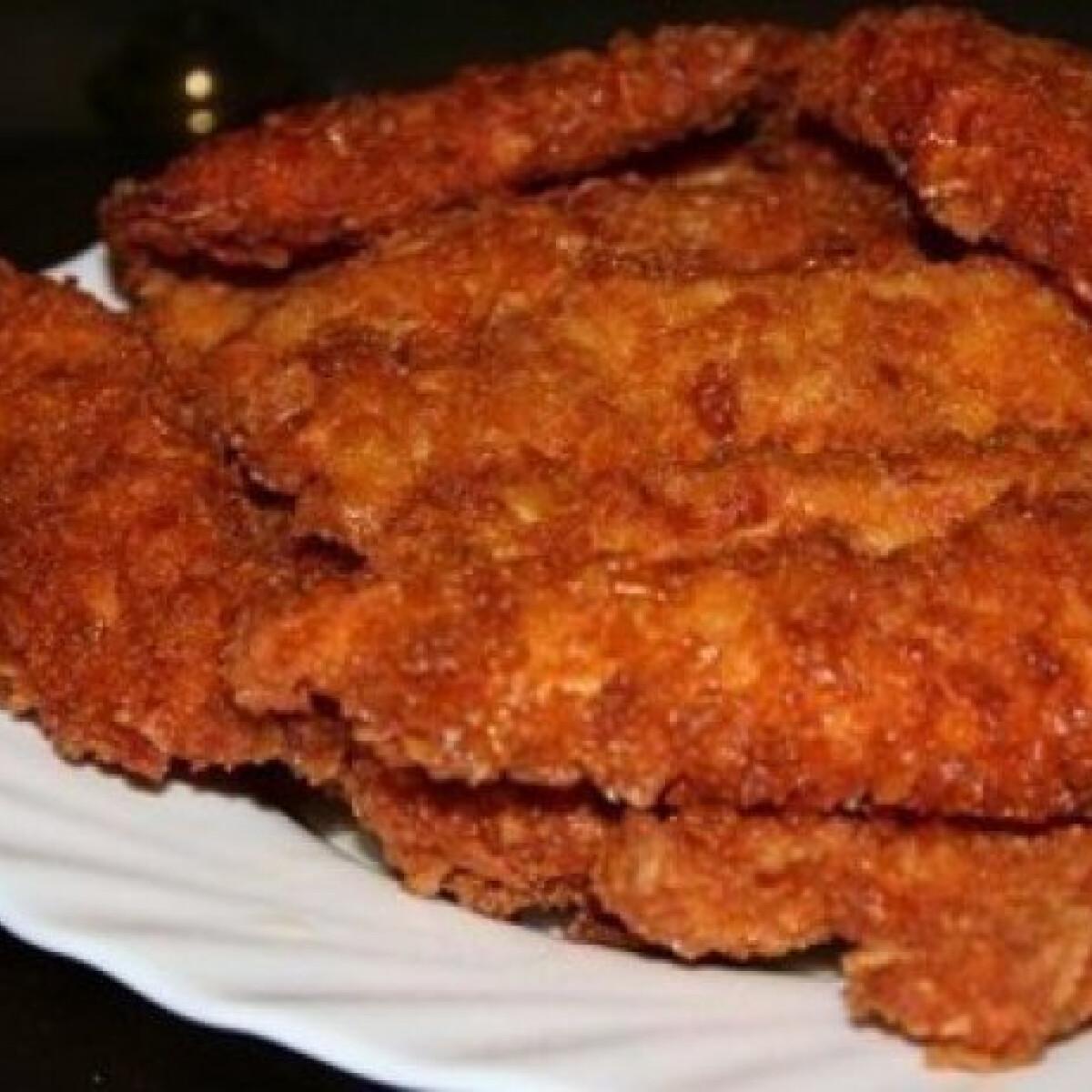 Ezen a képen: Ropogós-fűszeres csirkefalatok