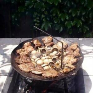 Tárcsán grillezett csirkecomb és tarja