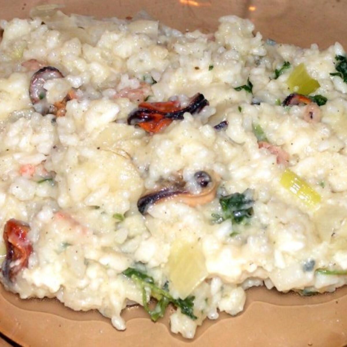 Kéksajtos tenger gyümölcsei rizottó