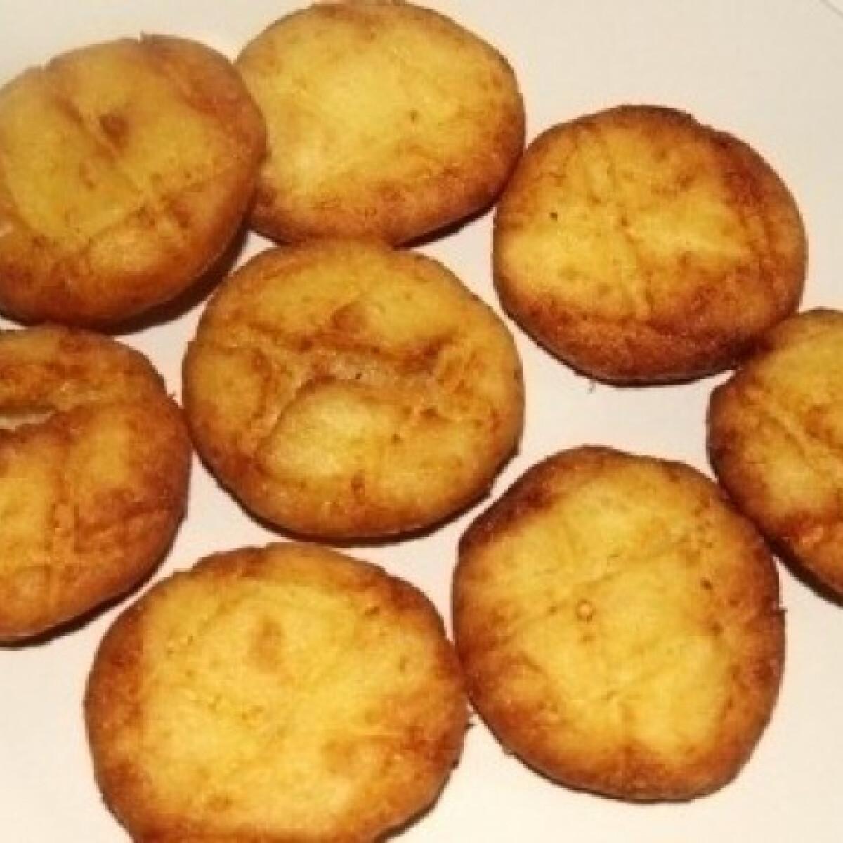 Ezen a képen: Krumplis pogácsa