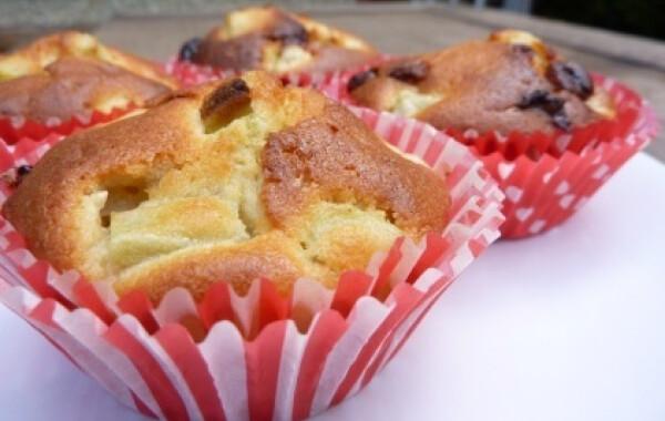 Fehércsokis-rebarbarás muffin