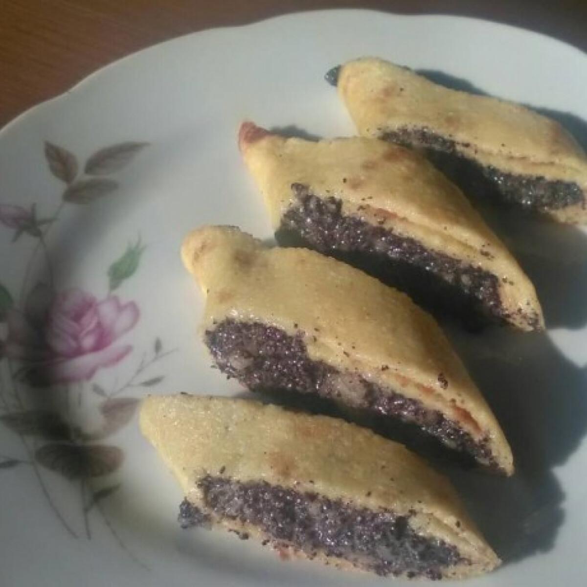 Ezen a képen: Mákkrém desszertekhez
