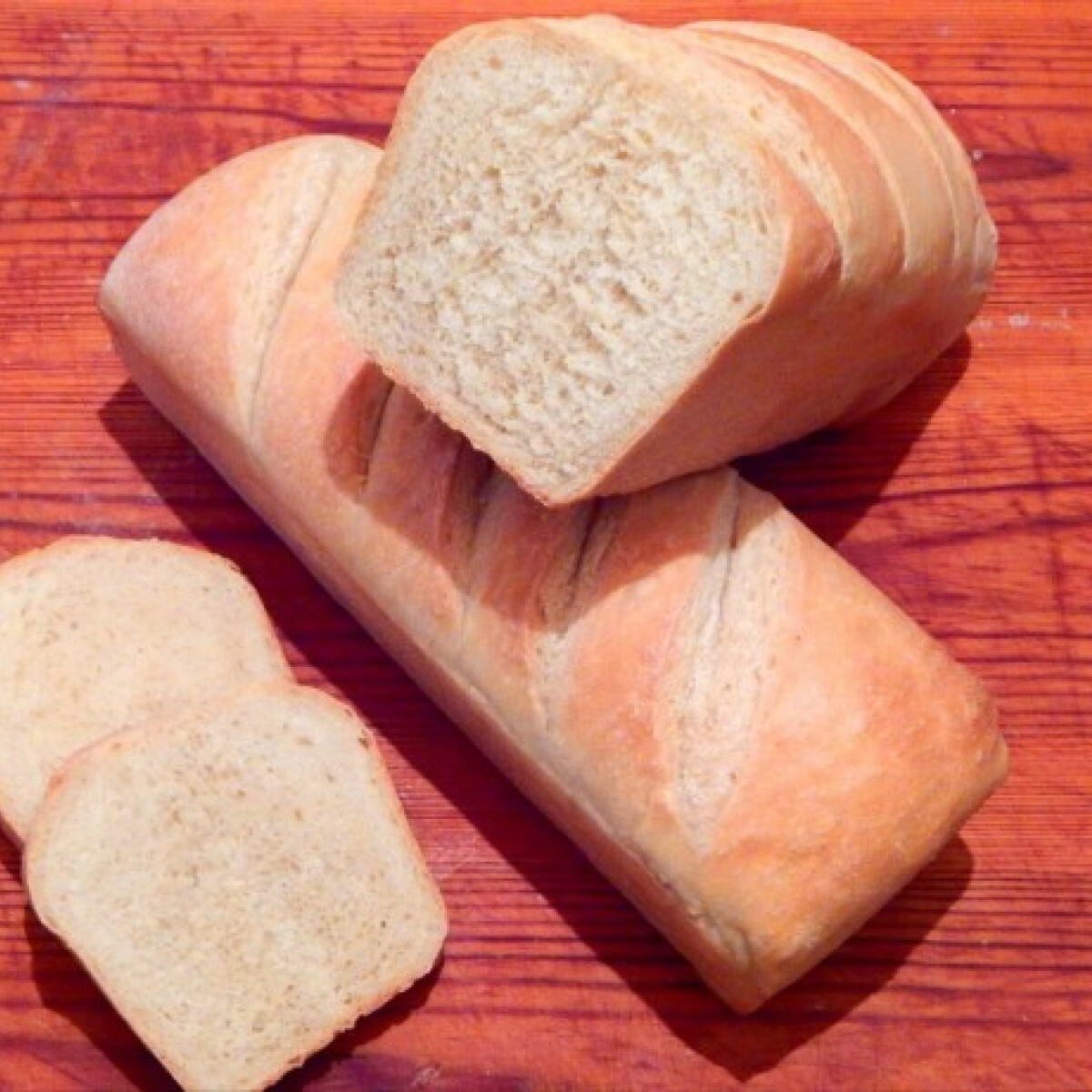 Ezen a képen: Házi burgonyás kenyér