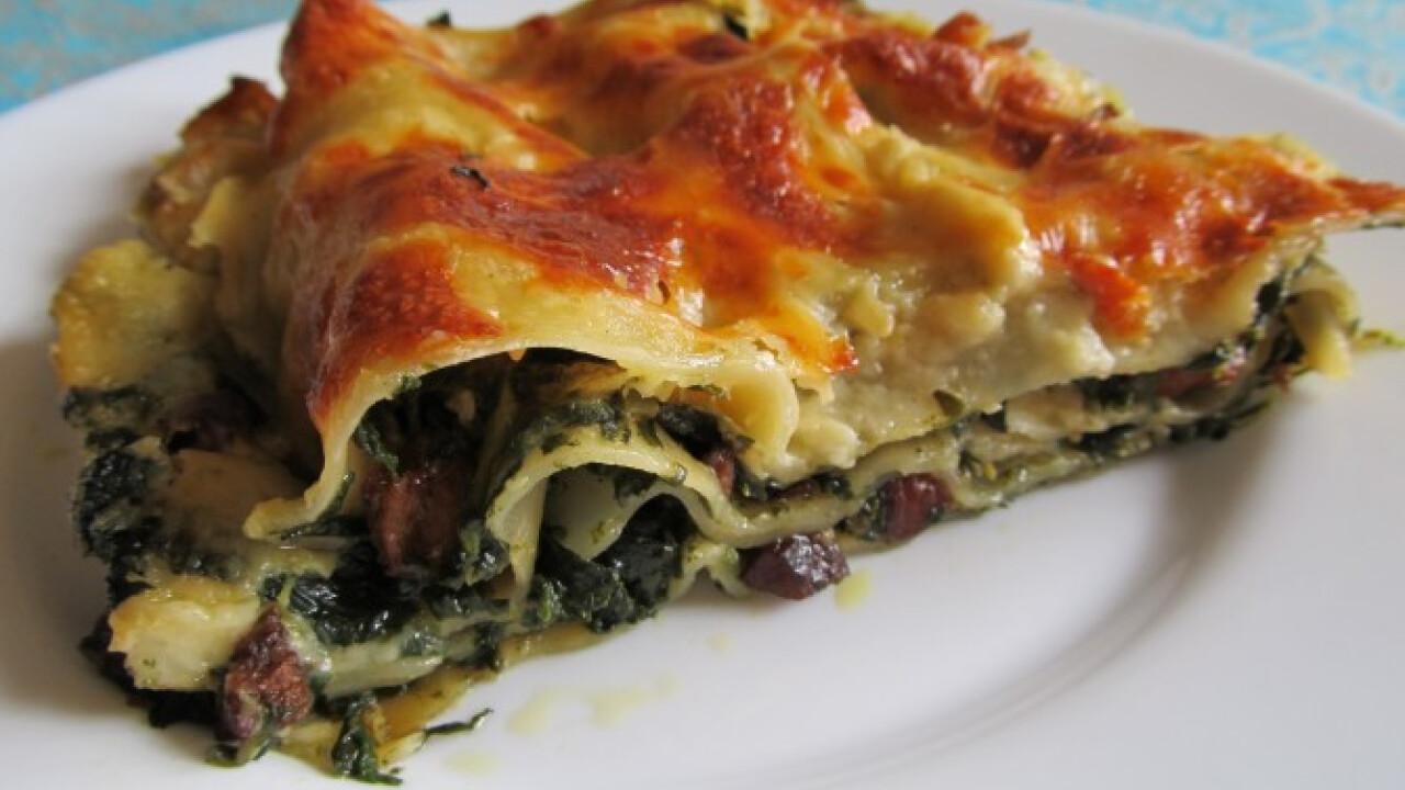 Spenótos- szalonnás lasagne