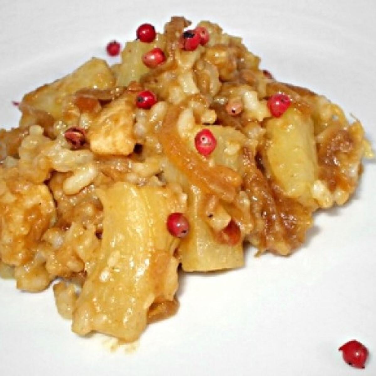 Ezen a képen: Mogyoróvajas tofu ananásszal