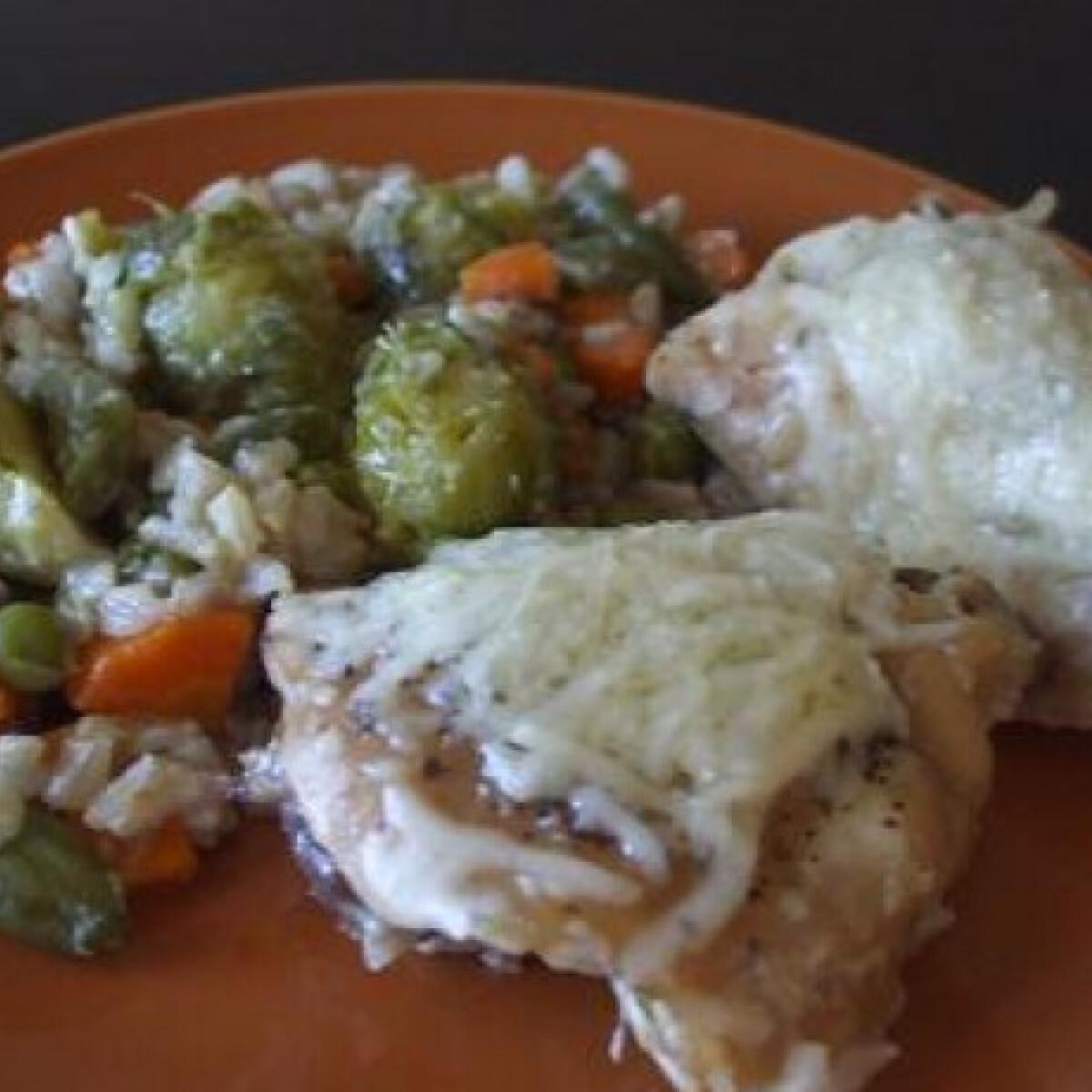 Ezen a képen: Sült rizses csirke
