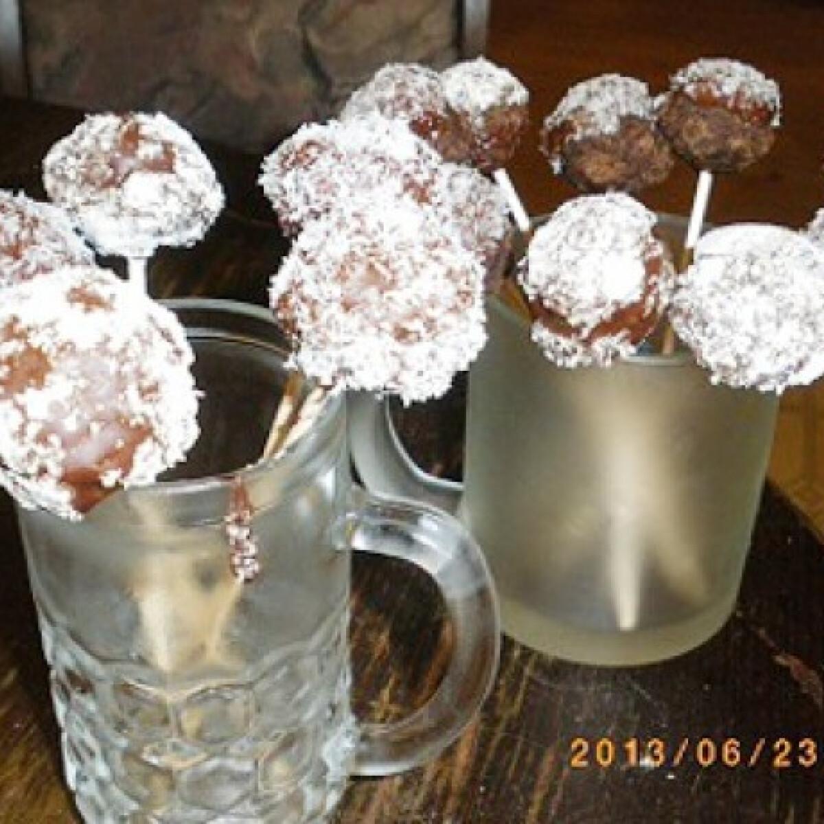 Ezen a képen: Cake pops laktózmentesen