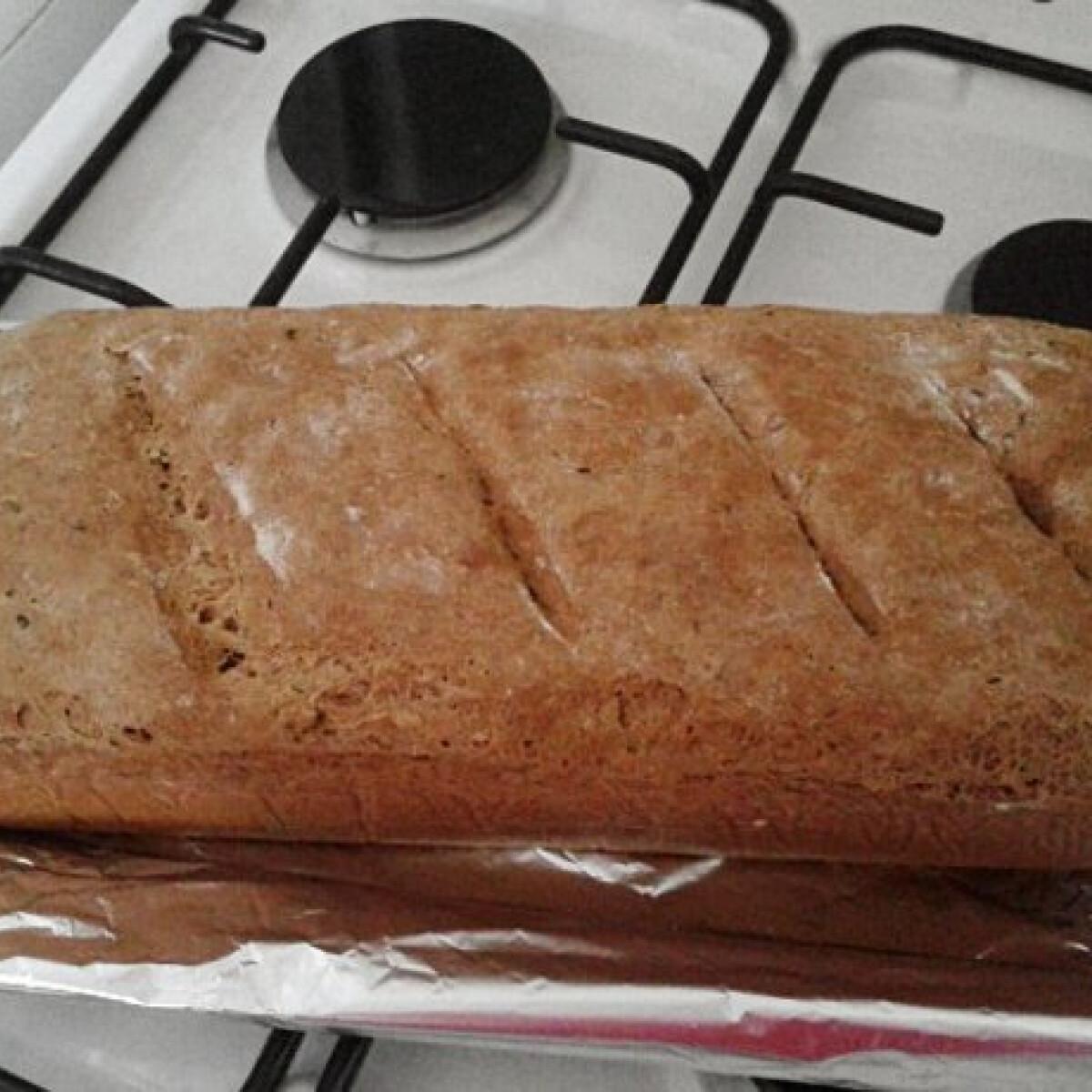 Ezen a képen: Teljes kiőrlésű kenyér Odzsitól