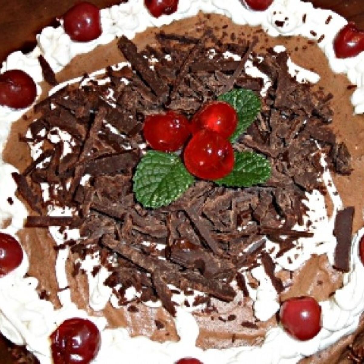 Ezen a képen: Feketeerdő torta Sandrine-től