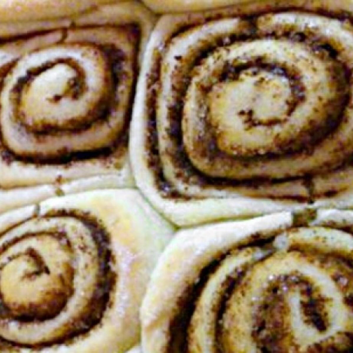 Ezen a képen: Amerikai cinnamon rolls