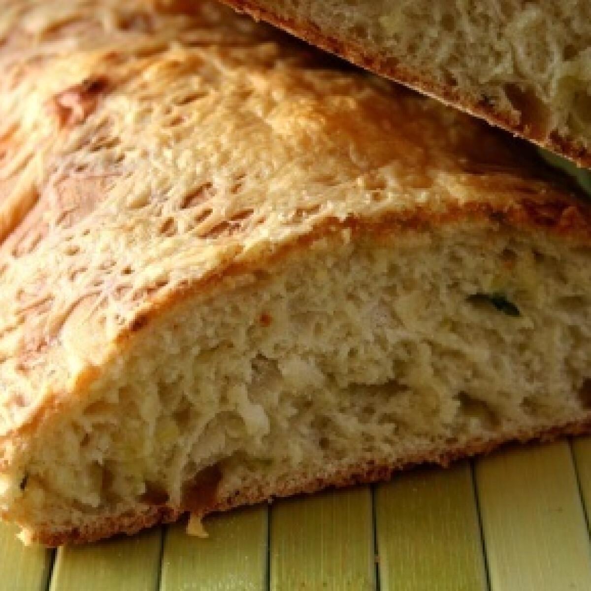 Ezen a képen: Katalán cukkinis kenyér