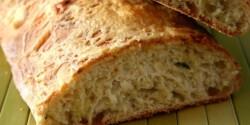 Katalán cukkinis kenyér